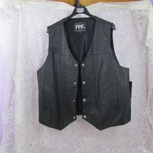 FMC Mens Gunrunner Leather Motorcycle Vest NWT 6X